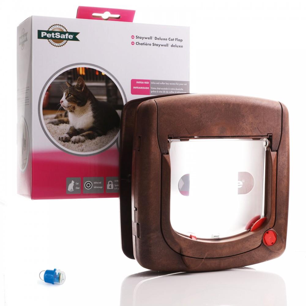 Staywell 520 Infra Red Cat Flap - Woodgrain