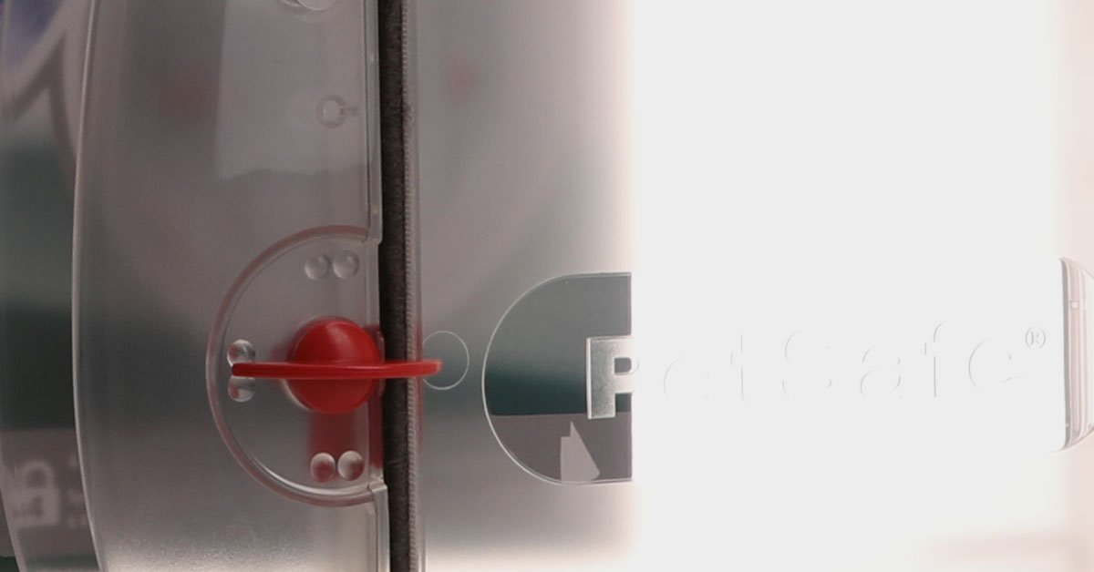 Close up of the Staywell 270 lock detail