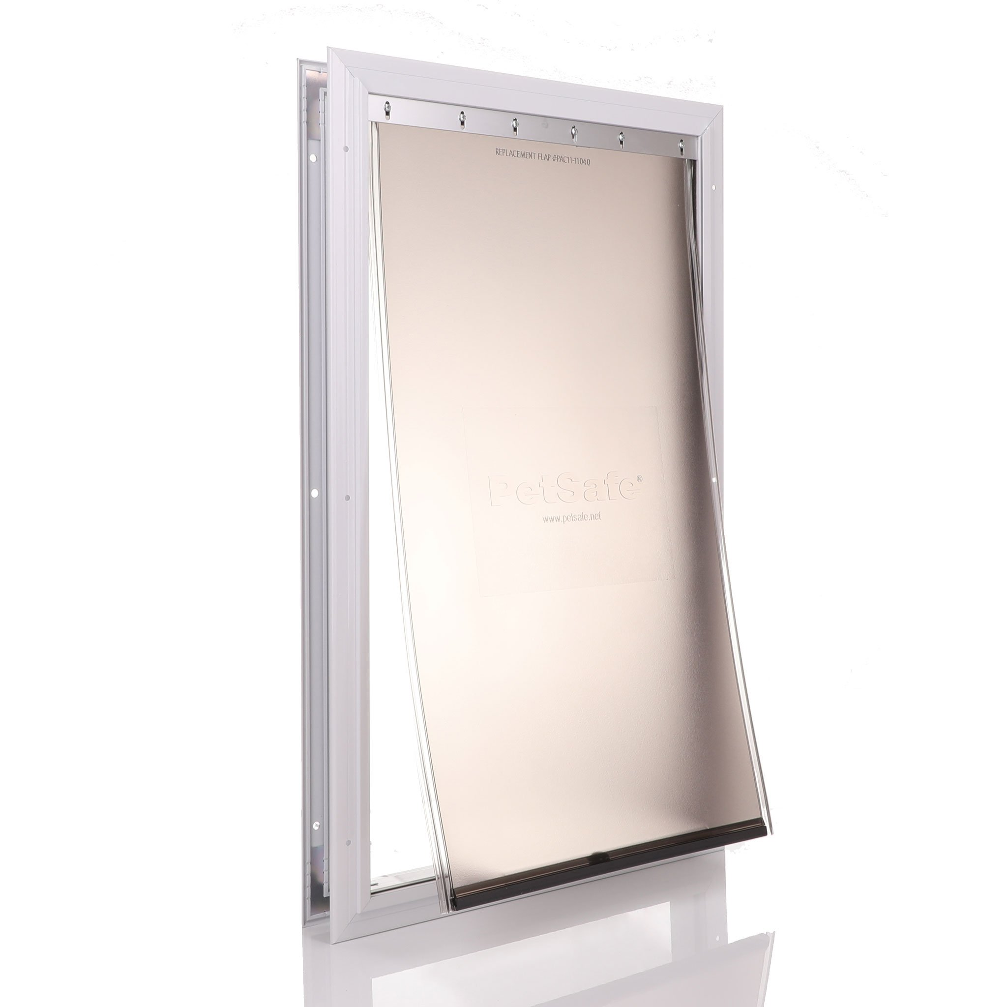 Aluminium frame in white with a rubber flap and internal barrier 660