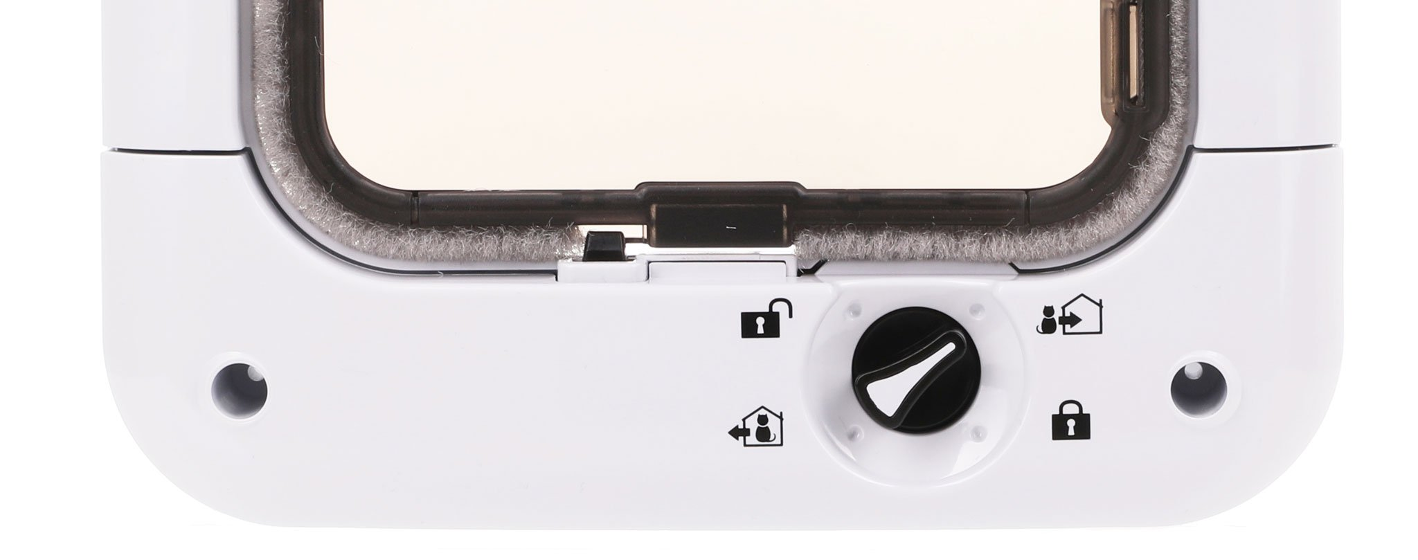 Simple to use 4 way lock system.